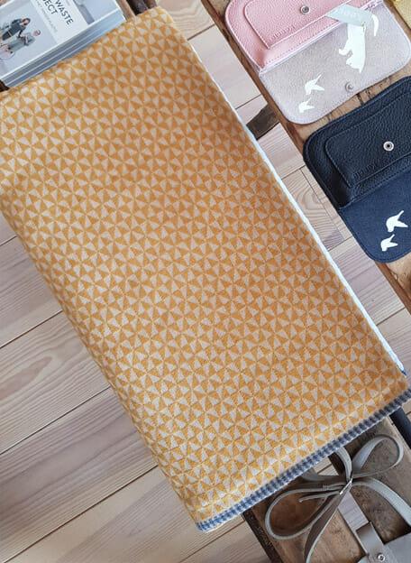 Licht en levendig bedsprei. De beste kwaliteit voor de slaapkamer gemaakt in Oostenrijk door David Fussenegger.