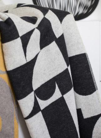 silvretta graphic black and white fussenegger