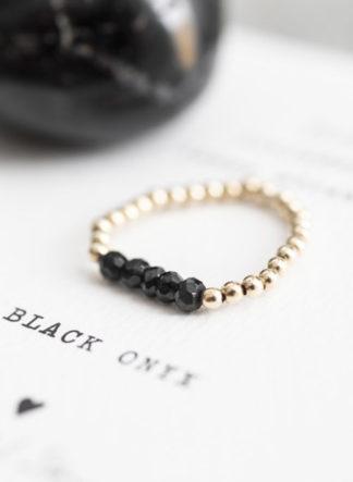 Beauty Zwarte Onyx Goud Ring M/L